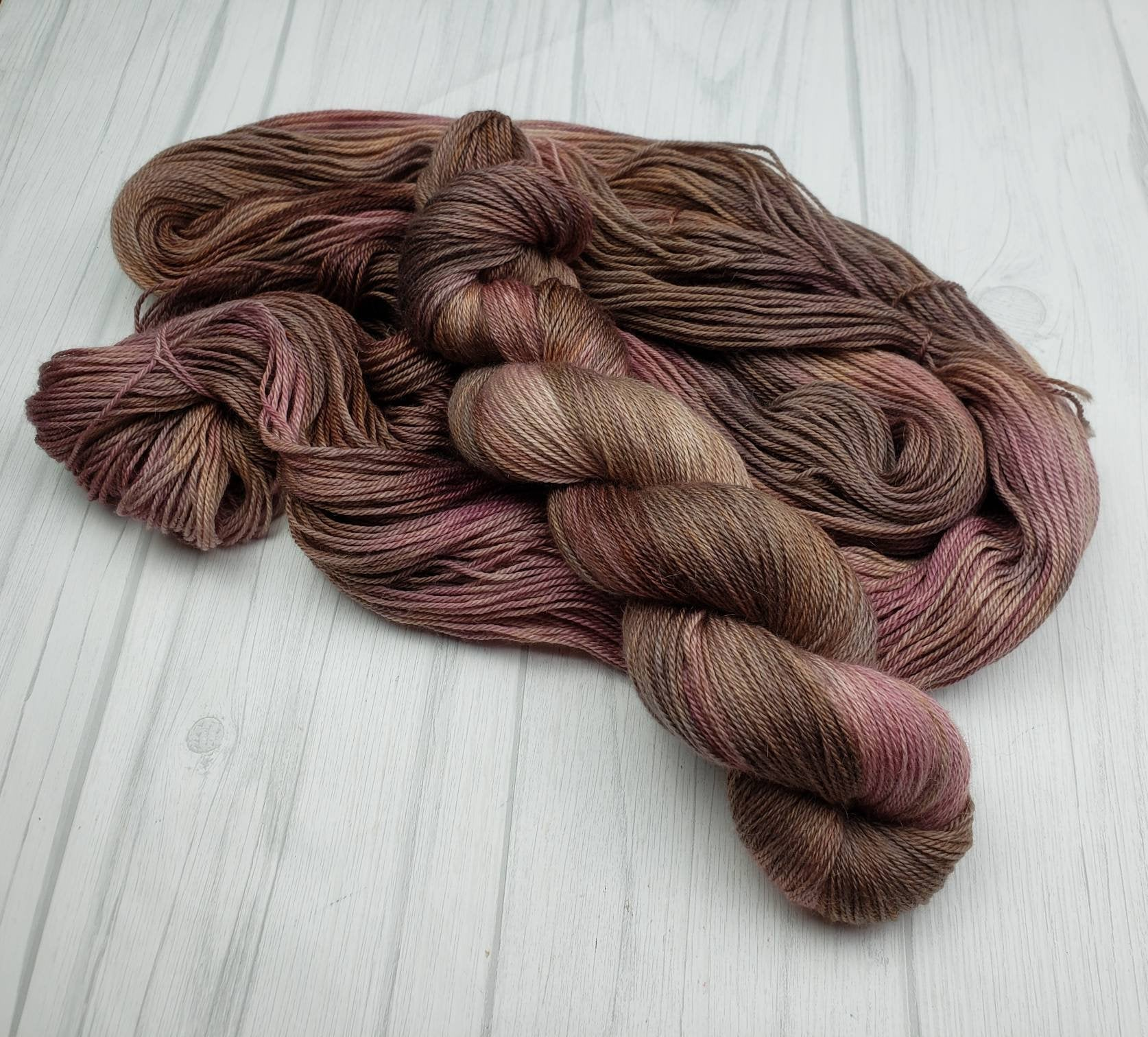 Love Letter, Hand Dyed Yarn in Sock Weight - Spindle warps yarns