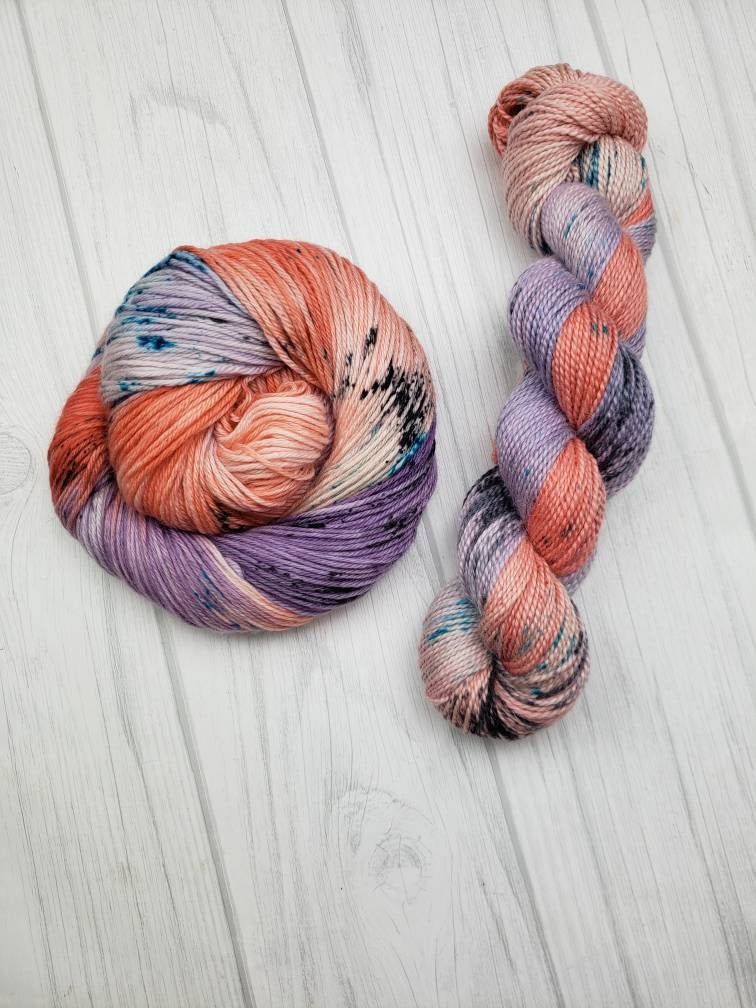 Hand Dyed Yarn on Merino Wool in Worsted Weight - Summer Peaches - Spindle warps yarns