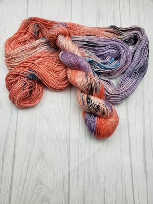 Summer Peaches, Hand Dyed Yarn in Worsted Weight - Spindle warps yarns