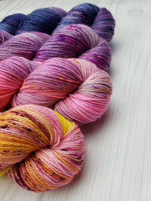 Seattle Sunrise, Hand Dyed Fade Set in Worsted Weight - Spindle warps yarns