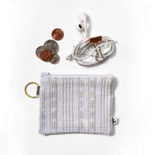 Woven Coin Purse in Light Gray/Purse & Clutch