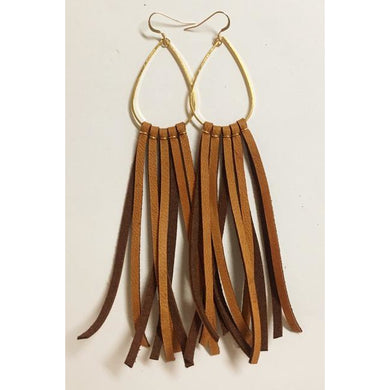 Deerhide Fringe Earrings in Saddle Tan/Leslie de la Mora
