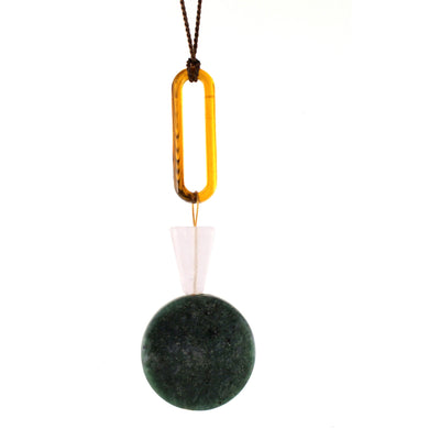 Green Serpentine Necklace/Object Make and Model