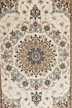 Load image into Gallery viewer, Persian Isfahan Runner 404x86cm