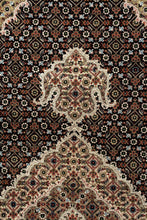 Load image into Gallery viewer, Tabriz Royal 245x172cm