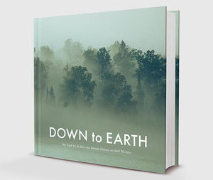DOWN to EARTH Coffee Table Book met DVD