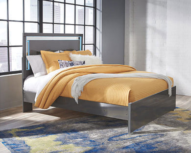 Steelson Queen Panel Bed