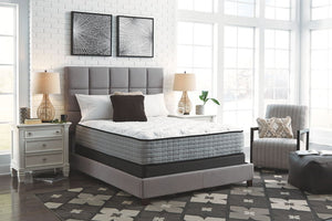 Mt Rogers Ltd Plush - White - Queen Mattress & Foundation