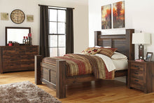 Load image into Gallery viewer, Quinden - Dark Brown - 7 Pc. - Dresser, Mirror, Queen Poster Bed & Nightstand