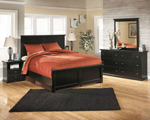 Load image into Gallery viewer, Maribel - Black - 7 Pc. - Dresser, Mirror, Queen Panel Bed & 2 Nightstands