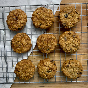 Linda's Famous Jazzy Oatmeal Cookies