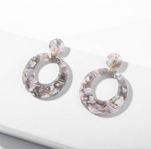 Load image into Gallery viewer, Adeline Earrings