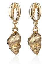 Load image into Gallery viewer, Bahama Earrings