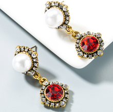 Load image into Gallery viewer, Madame Earrings