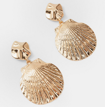 Load image into Gallery viewer, Amphitrite Earrings