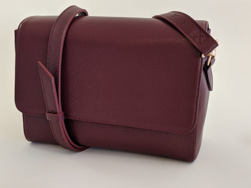 Burgundy Curlewis - medium