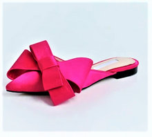 Load image into Gallery viewer, Silk Satin Pointed toe bow ..