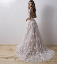 Load image into Gallery viewer, Couture Wedding Dress With Detachable Train 3D Floral