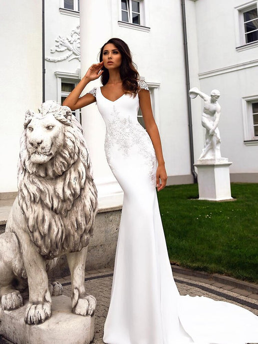 V Neck Mermaid Wedding Dress with beaded Applique