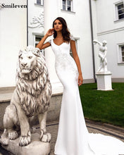 Load image into Gallery viewer, V Neck Mermaid Wedding Dress with beaded Applique