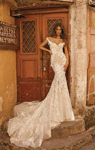 Mermaid Wedding Dresses Couture Off Shoulder Lace Applique Sweep Train
