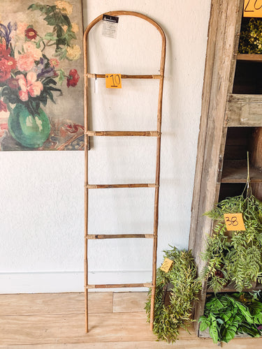 10. Boho ladder - Baycreek & Co