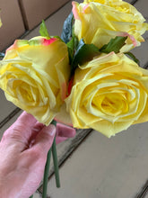 8. Real touch roses (yellow) - Baycreek & Co