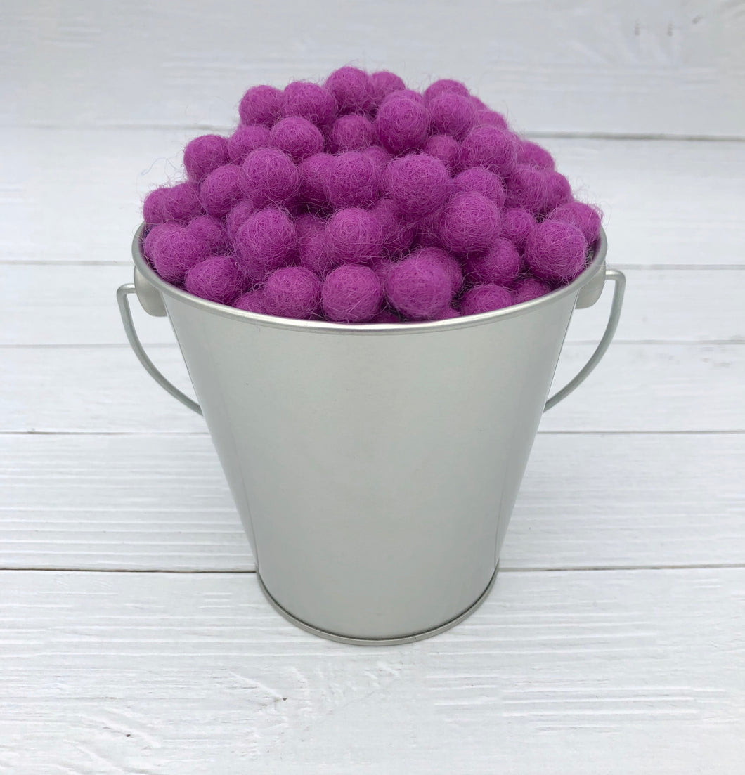 Grape - 1cm Felt Balls
