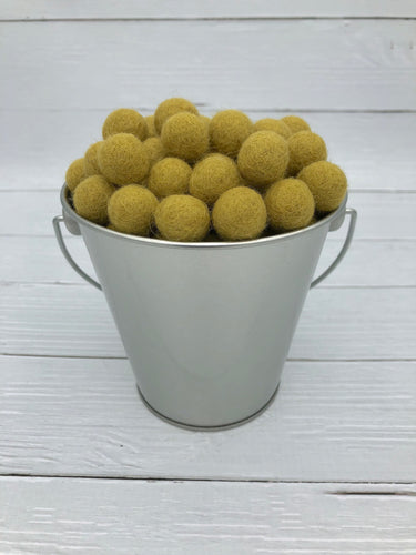 Honey Mustard - 1.5cm Felt Balls