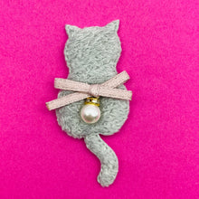 GREY CAT APPLIQUE