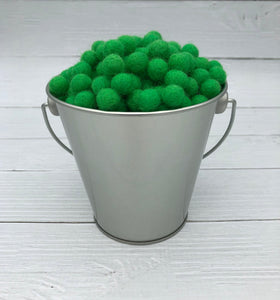 Kelly Green - 1cm Felt Balls