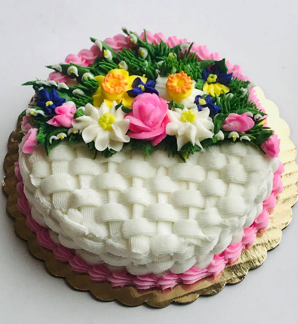 Learn to Create Beautiful Buttercream Spring Flowers