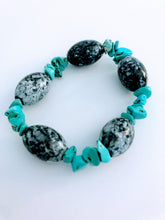 Gray and Turquoise Wagnerite Glass Bracelet