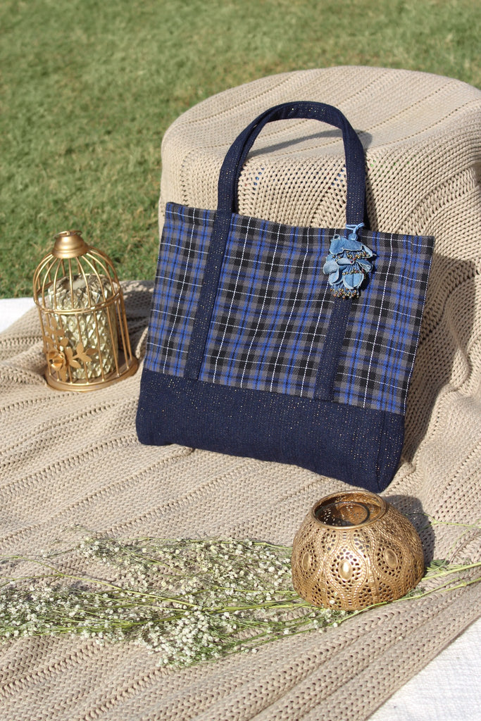 Vera Cabas Bag - Blue Checks