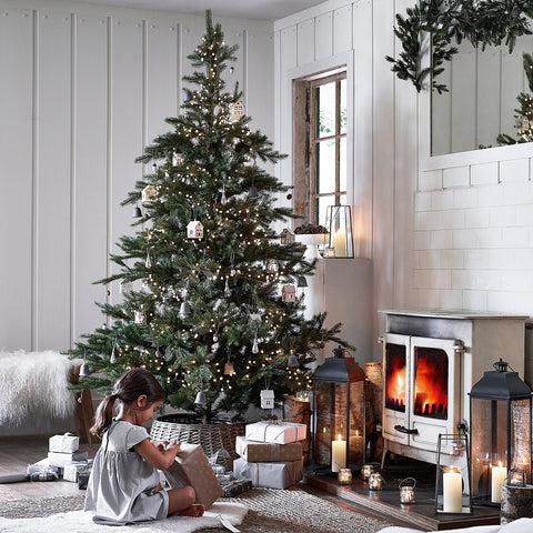 The White Company spruce tree