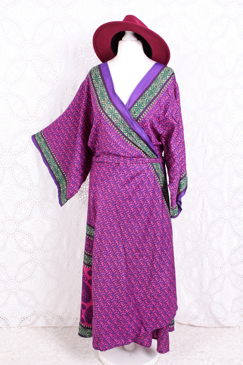 Aquaria Kimono Dress - Vintage Indian Sari - Magenta & Purple Paisley - Free Size XL