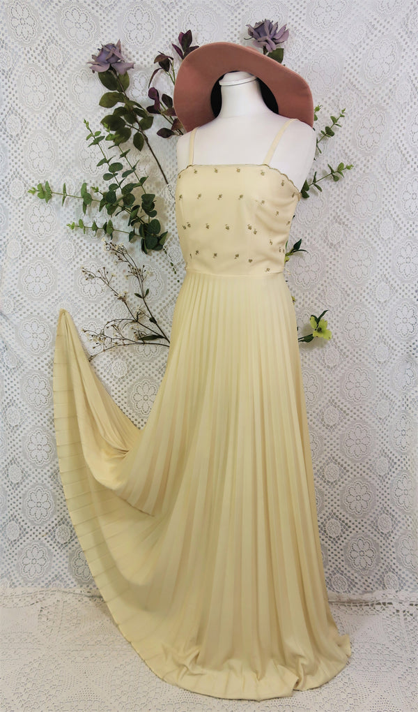 Vintage Maxi Dress - Cream & Gold with Pleated Skirt - Size XS