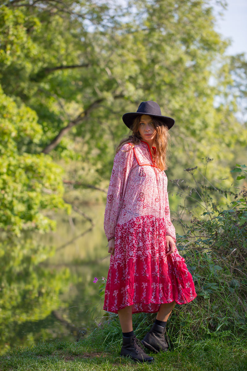 Vintage 70s Bohemian Dress with Scattered Pink & Red Pansies
