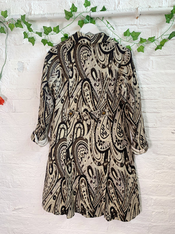 Vintage Paisley Cream And Brown Jacket - Size - Medium