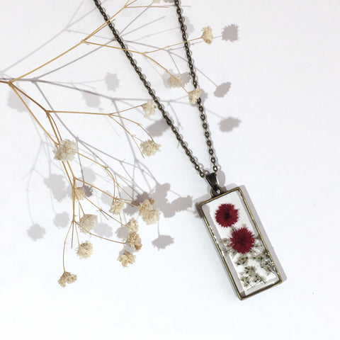 Brass Rectangle Dried Flower Necklace - Cerise & White