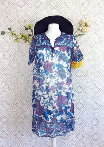Vintage Sparkly Ivory/Mauve/Turquoise Floral Smock Dress Size S