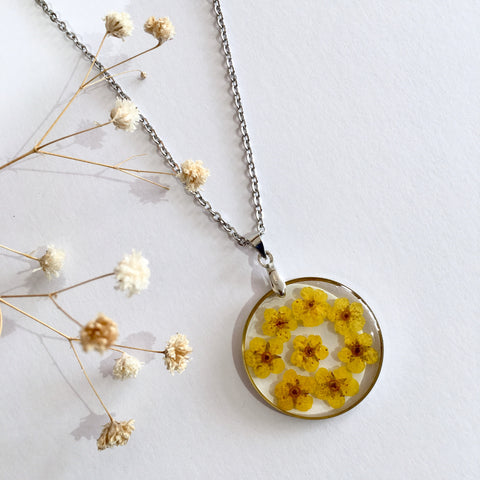 Round Dried Flower Necklace - Small Yellow