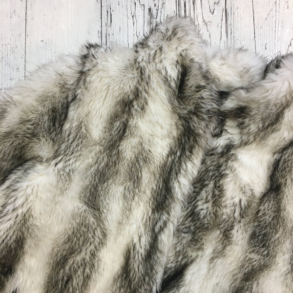Vintage White & Grey Faux Fur Coat - Size M