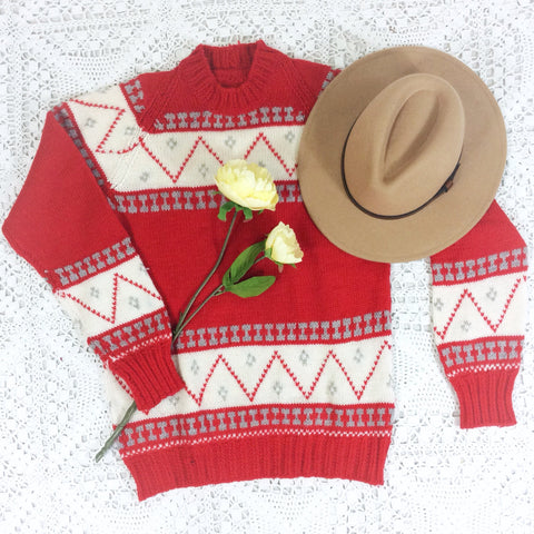 Vintage Knitted Jumper - Red & White Geometric Pattern