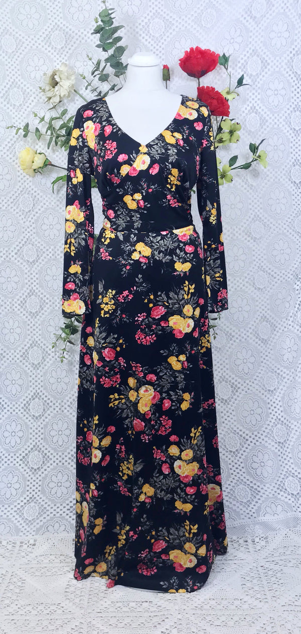 Vintage 70s long black floral dress size 10-12