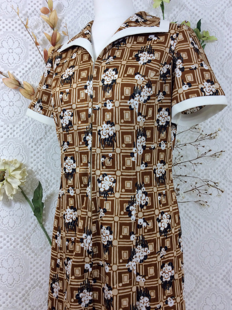 SALE - Vintage 60s dress - Brown & Cream Geometric Floral - Size S/M