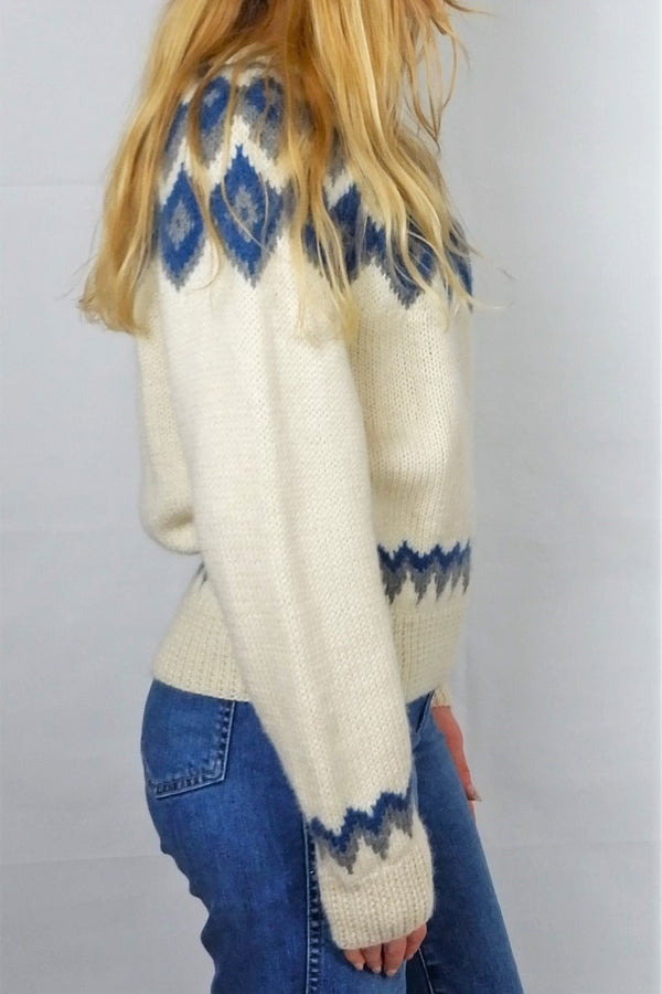 Chunky Cream, Blue & Grey Aran Knitted Jumper - Size M/L