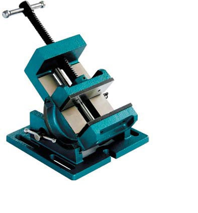 Adjustable angle vise