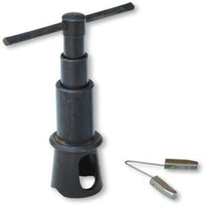 Self aligning tap and reamer holder
