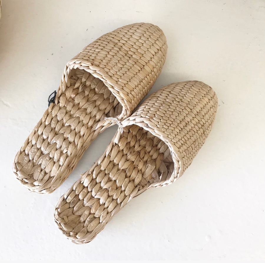 Alma Slippers | Size 8